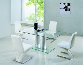 Jet 632 Dining Set - Clear